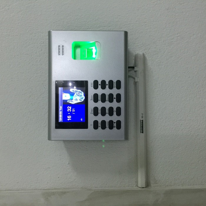 ZKTeco K40 Attendance Machine With Builtin Battery